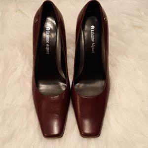 NWOT Etienne Aigner shoes